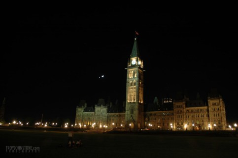 Ottawa_parliament_Hill_night-54