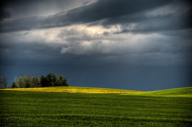 storm_clouds_sky20090707_0055_6_7_8_9_tonemapped