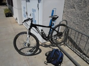 A poor, but serviceable bike rack at the local grocery.