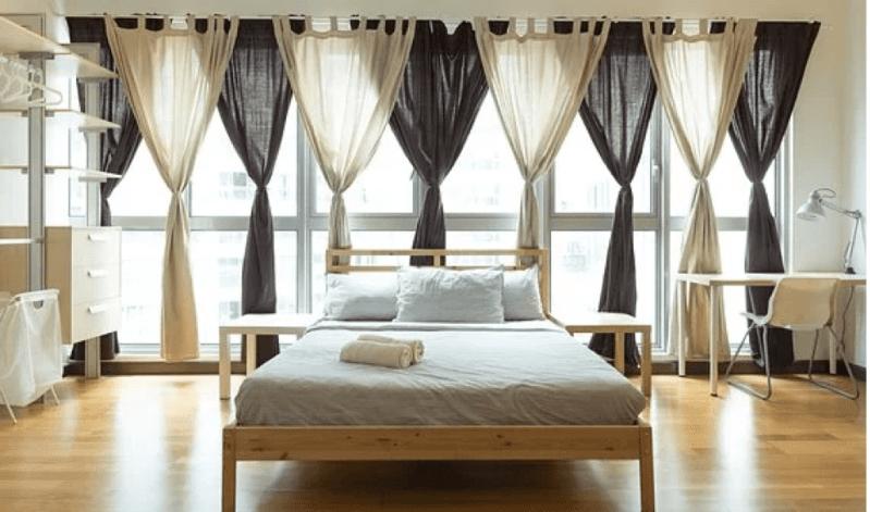 Outdoor curtain rod