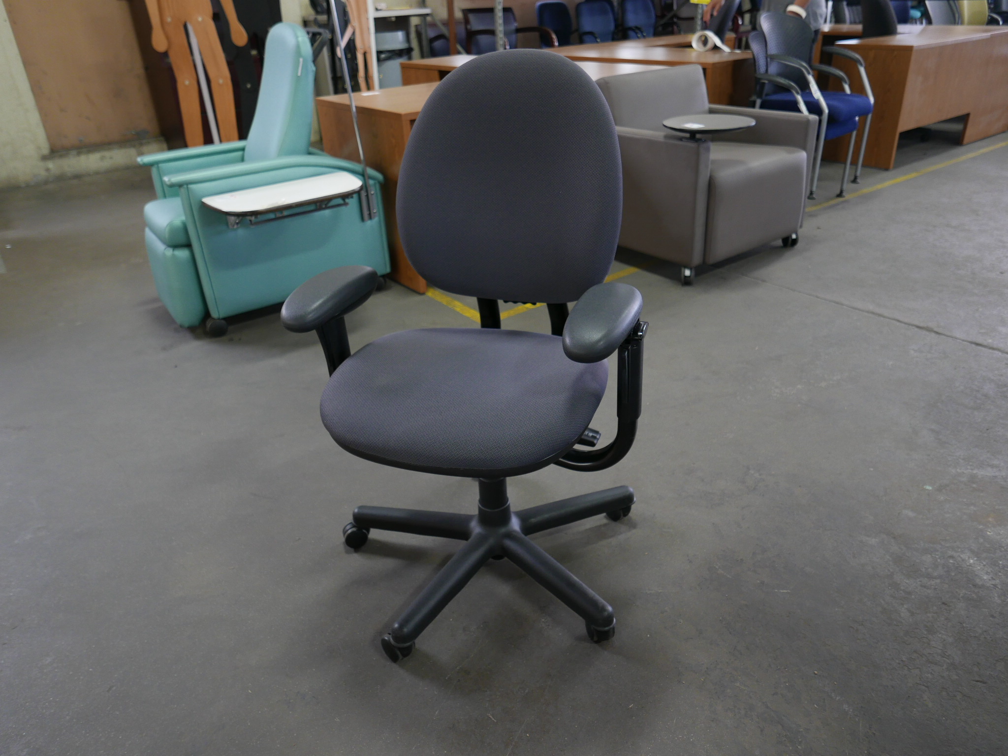 Steelcase Criterion Chair Steelcase Criterion Task Chairs Tr Trading Company