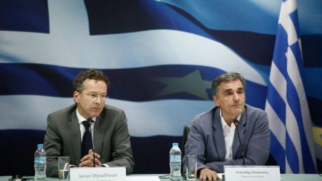 Σαφές μήνυμα Ντάισελμπλουμ για καθαρή έξοδο της Ελλάδας από το πρόγραμμα (video)