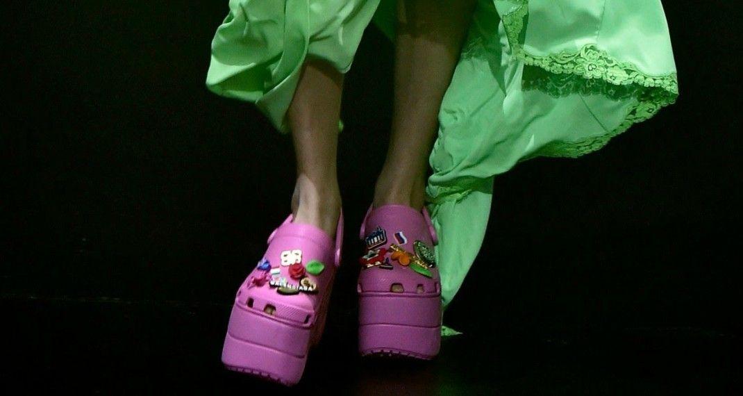 Τα Crocs ανακοίνωσαν ότι αλλάζουν -Άραγε θα δείχνουν κάπως έτσι;