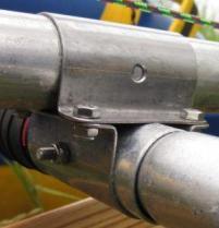 Фото: Хомуты для фиксации труб
