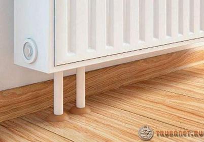 Фото: Задекорируем с помощью накладок трубки радиаторов отопления