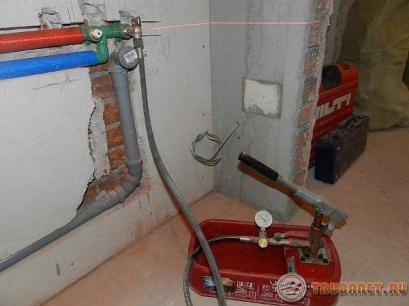 Фото: гидравлическое испытание трубопроводов систем отопления