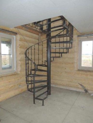 фото Винтовая лестничка