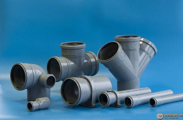 Фото – трубы канализационные пластиковые и фитинги к ним