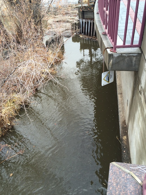 Cochrane Ditch inflow from Truckee River on 12/4/2014