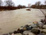 Truckee River at Rock Park in Sparks (flow is around 1,100 CFS)