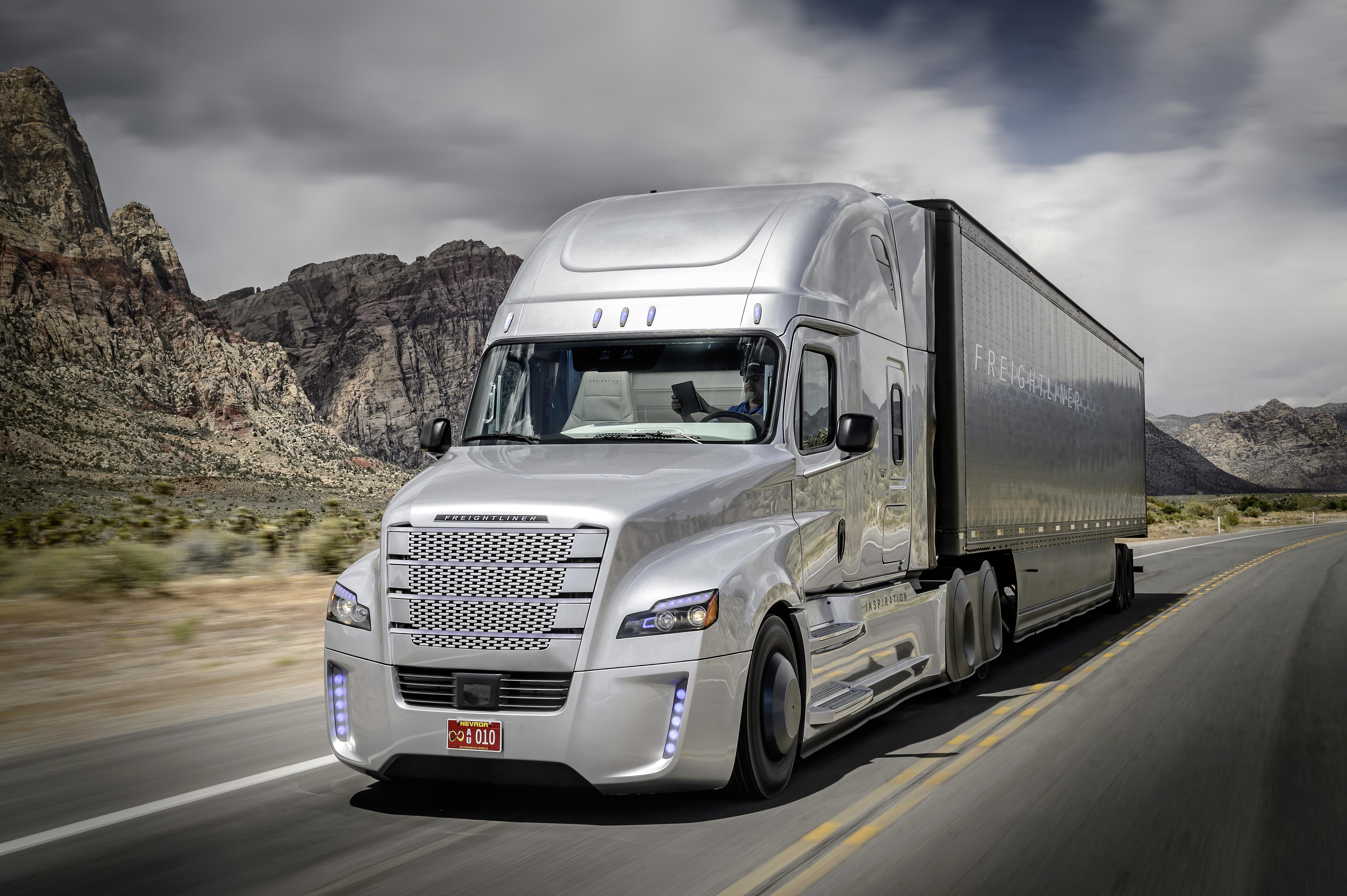 Riding In Freightliner's Autonomous Inspiration Truck