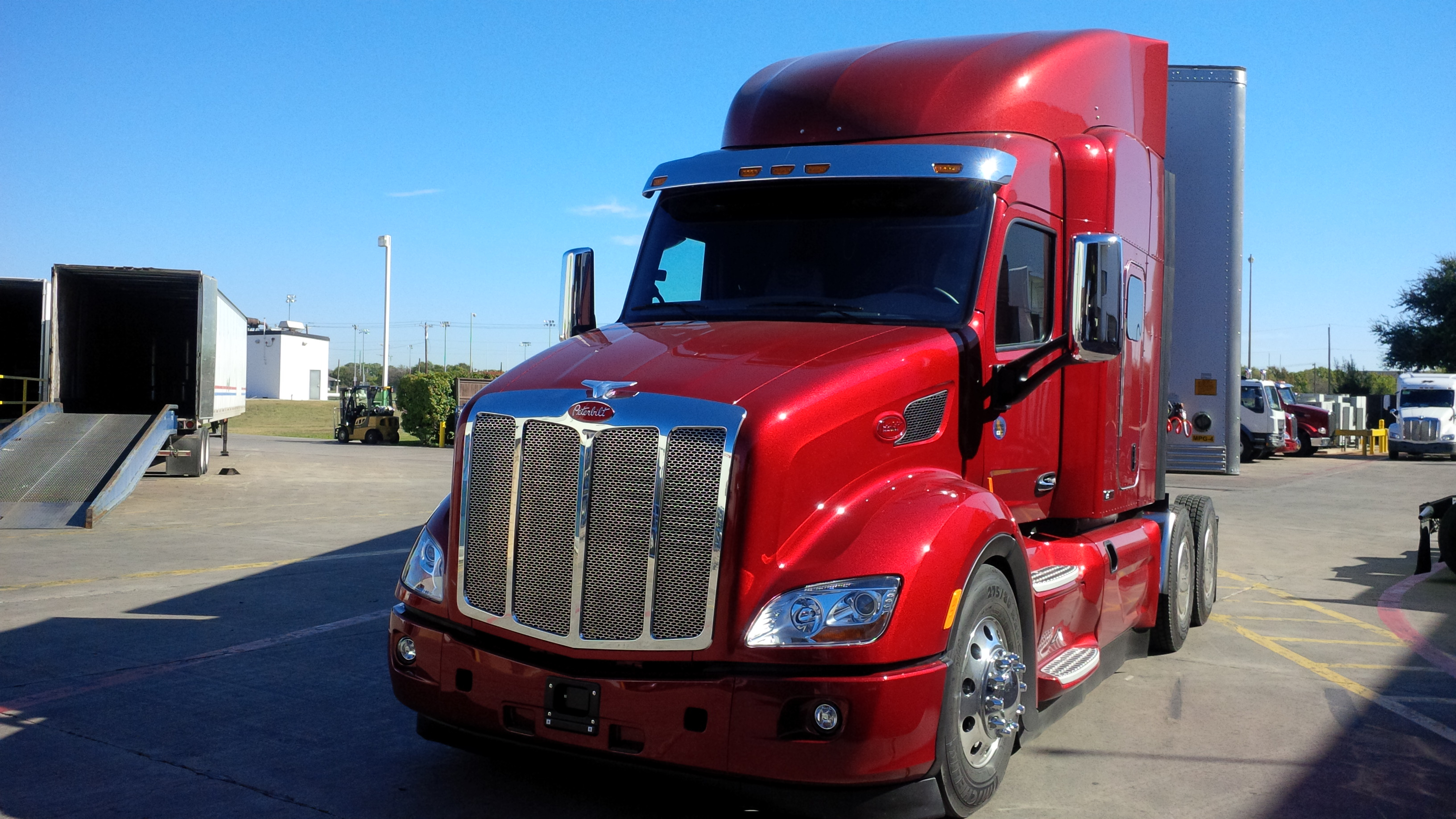 Driving The Peterbilt 579 With Mx11 Engine  Truck News