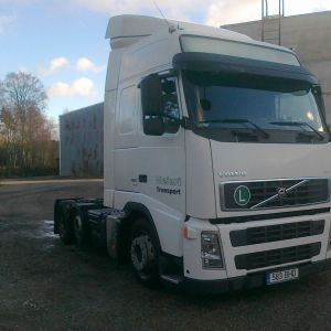 Volvo FH 480 6x2 Low deck only 413000km