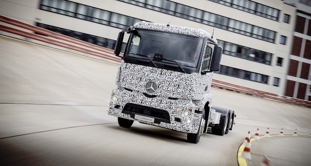 Mercedes-Benz first fully electric truck - the eTruck