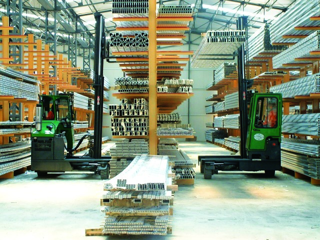 Shamrock Handling Concepts - Combilift C-range multi-directional forklifts carry long awkward loads down narrow aisles