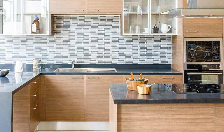 Limpiar los muebles de la cocina con vinagre  Trucos de