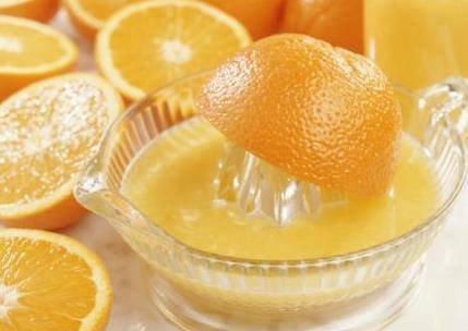 Zumo de naranja para pieles grasas