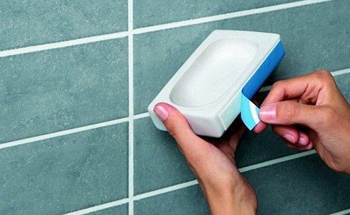 Colgar objetos en azulejos