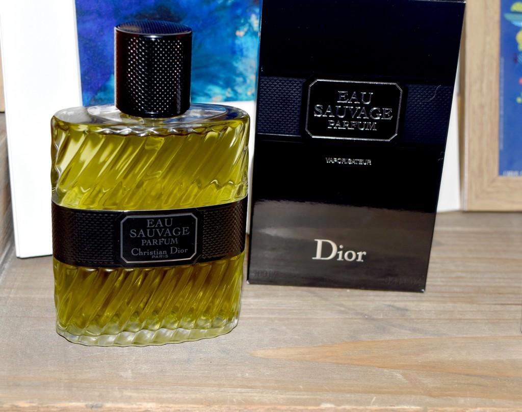 Eau Homme ParfumUn De Classique Parfumerie Sauvage Revisité La wOX0nPk8