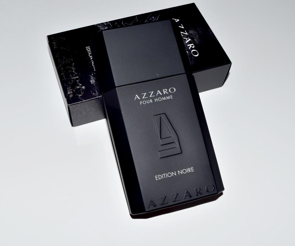 Assez Noire Une Azzaro Avis Commune Test amp; Revisite Edition RIqqxEwf5