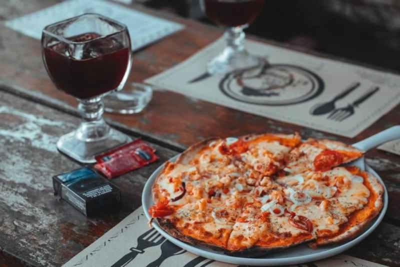 Comment transformer son barbecue en four à pizza