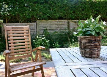 Relooker Son Salon De Jardin En Plastique | Revger Peindre Du Teck ...