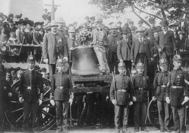 Boston Police watch over the Liberty Bell that has arrived by Train