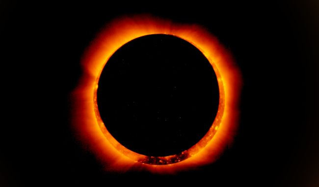 Photo: On Jan. 4, 2011, the Hinode satellite captured these breathtaking images of an annular solar eclipse. (Image: © NASA/Hino
