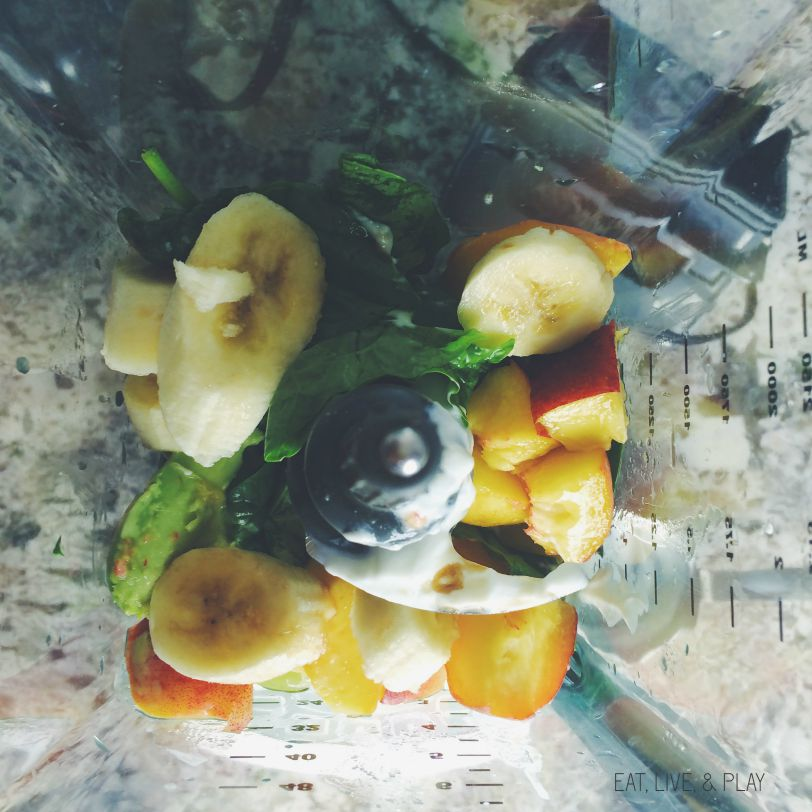 Peaches n Green Smoothie