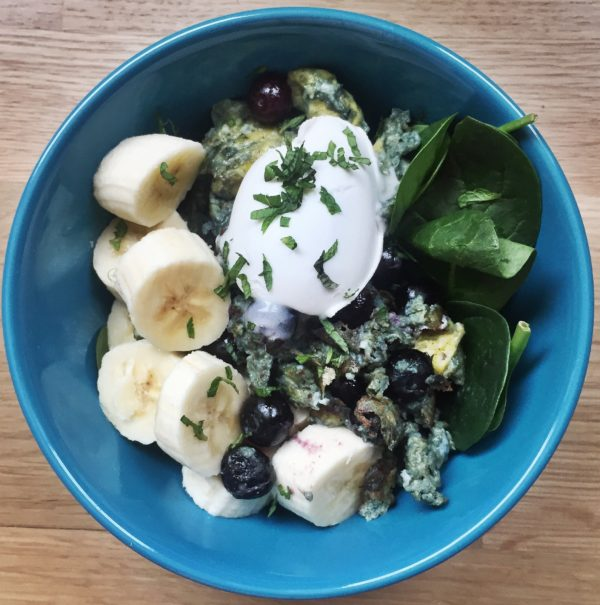 vanilla-blueberry-mint-cream-scramble | www.trueats.net