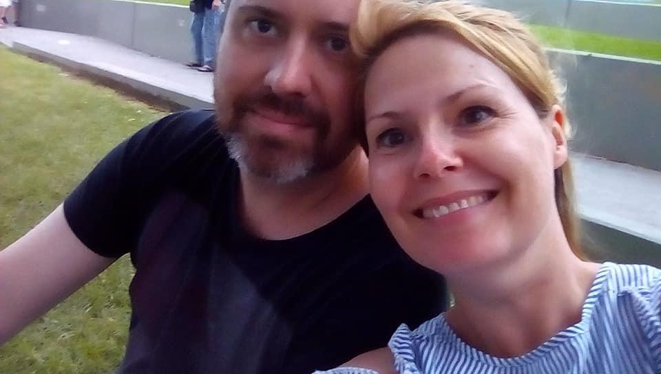 Scott Mackenzie and wife Kristy Clark