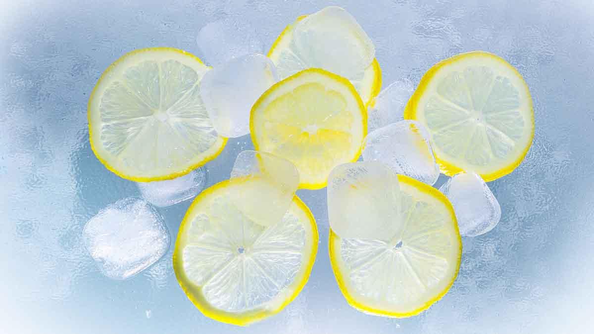 Νερό με λεμόνι το πρωί για γρήγορο αδυνάτισμα!