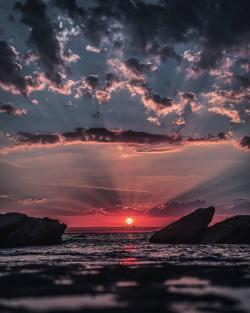 Breathtaking sunset    Sydney, Australia Breathtaking sunset     Sydney, Australia