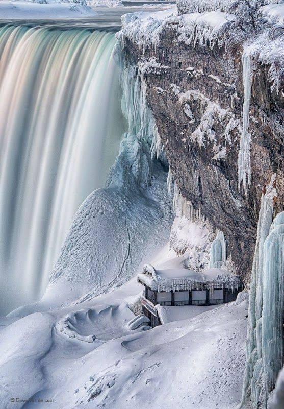 Niagara falls in winter. :o