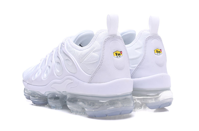 7a42fe83258 NIKE AIR VAPORMAX PLUS WHITE   PURE PLATINUM 924453-100 - True Looks