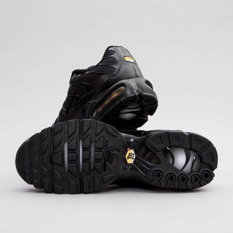 af999e8b31 Nike Air Max Plus Tn Triple black 604133-050 - True Looks