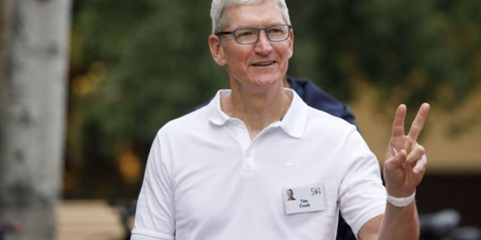 Apple earnings show strong iPad and Mac sales can't make up for the iPhone