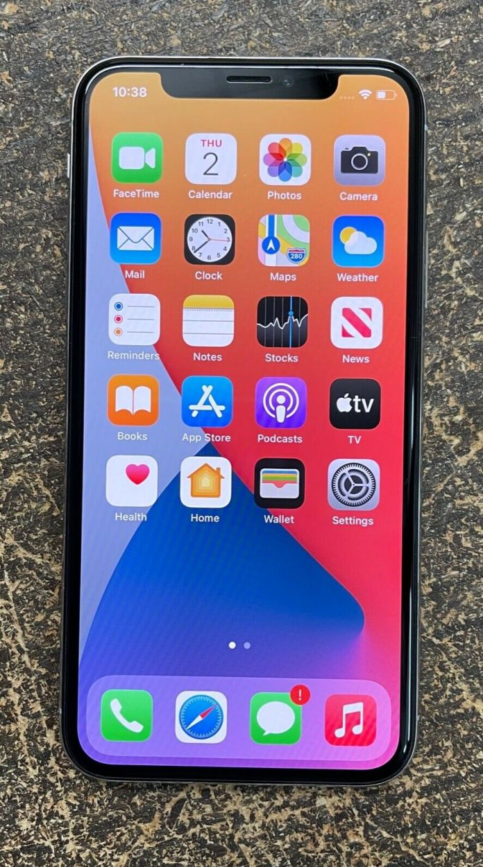 Apple iPhone X – 256GB – Silver (Unlocked) A1901