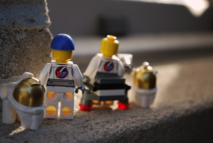 LEGO Space Starter Set Astronauts rear view