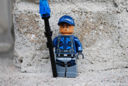 LEGO Jurassic World ACU Officer front