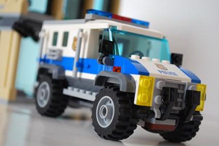LEGO Bulldozer Break-in SWAT truck front view.