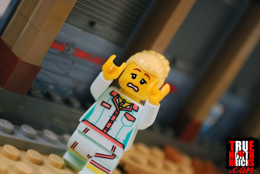 Waitress Minifigure in Shrimp Shack Attack (70422)