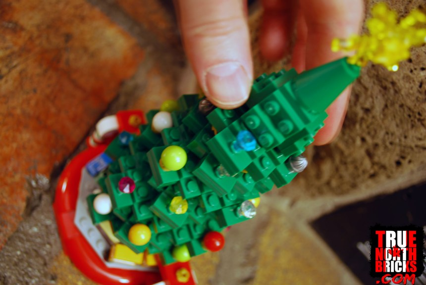 Christmas Tree (40338) review.