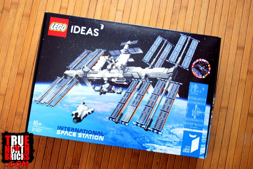 International Space Station front box art.