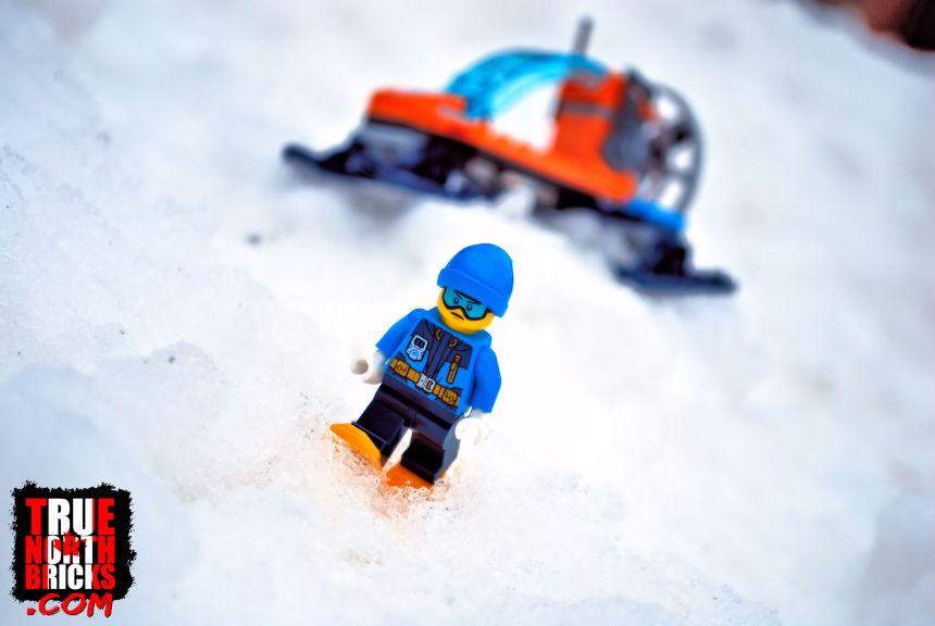 Arctic Ice Glider (60190)