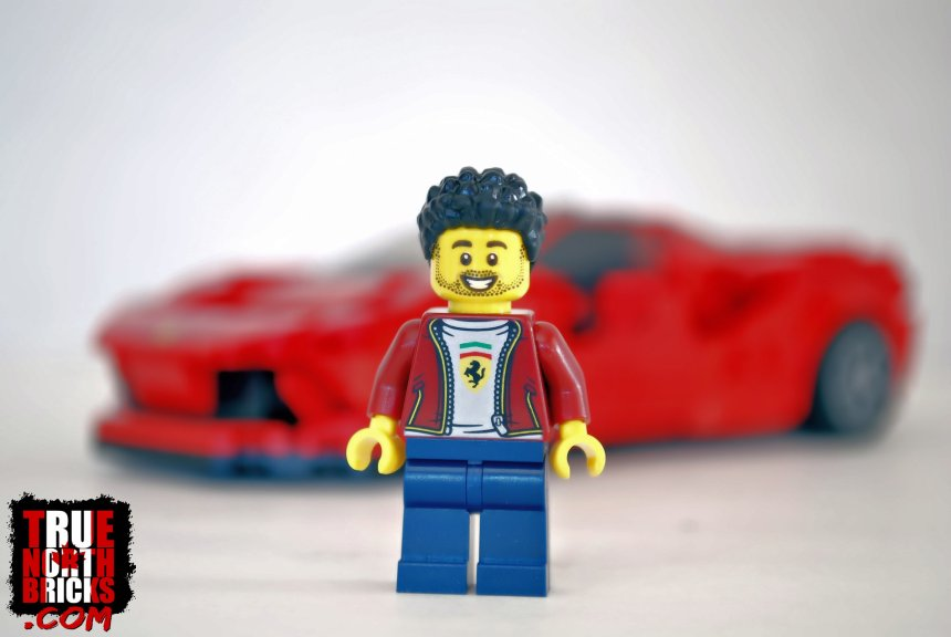 Front view of Minifigure.