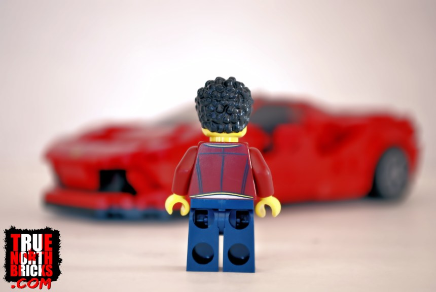 Rear view of Minifigure.