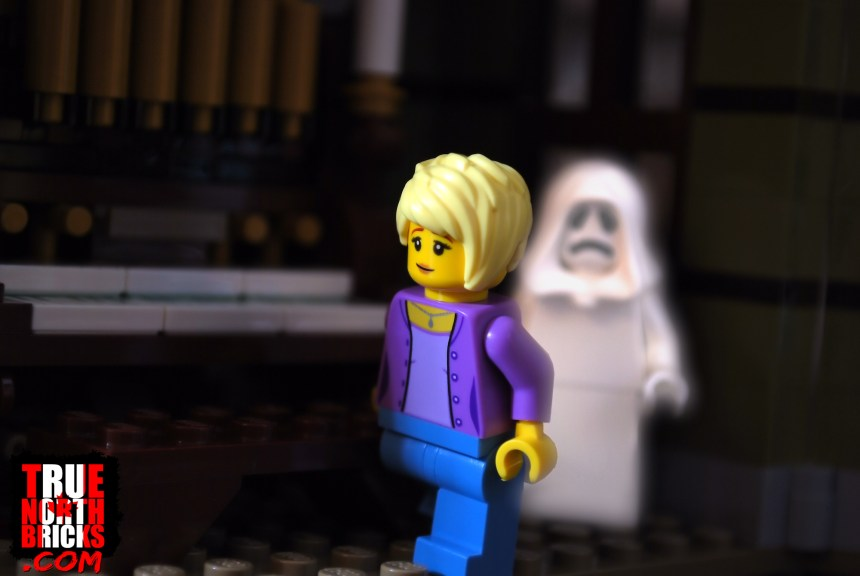 Apparitions are known to appear in this Haunted House (10273)