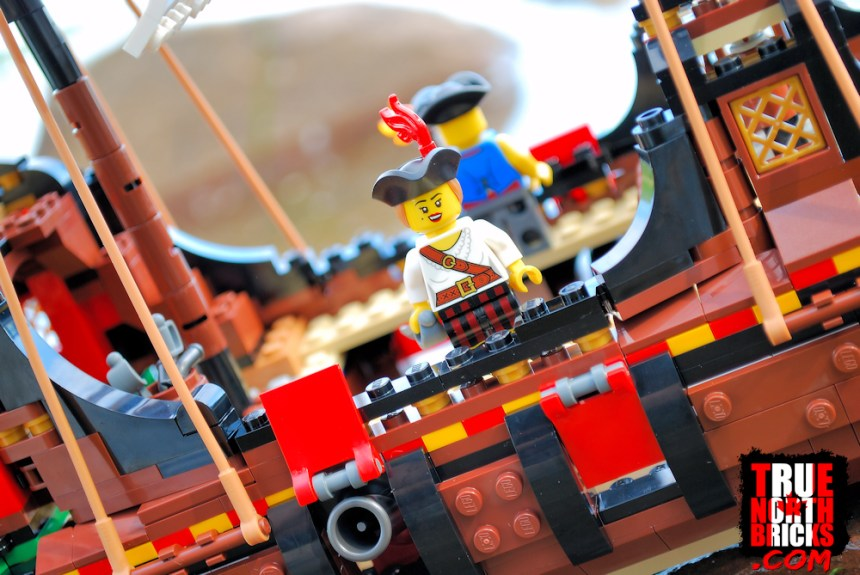 The Pirate Ship (31109) does not come with female characters, however the female pirate from Minifigures series 20 looks right at home.
