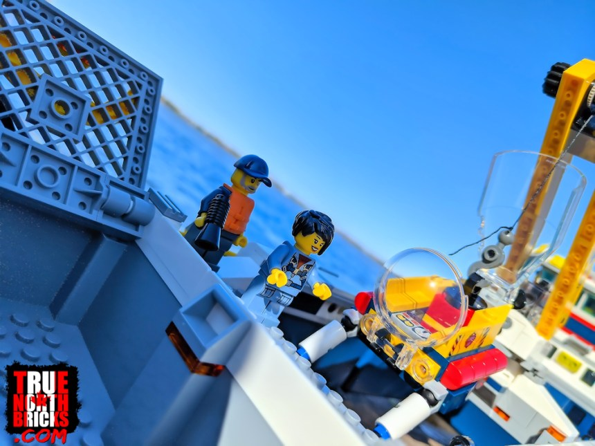 Ocean Exploration Ship (60266) Submarine